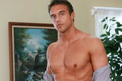Rocco Reed Signs with Men.com, Performs First Gay Scene