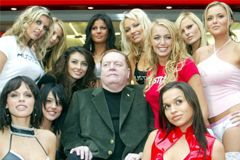 Larry Flynt Offers 'The Hollywood Reporter' 6 Tips for Porn Stars