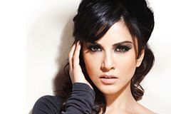 Sunny Leone's Bollywood Contract Not Exclusive