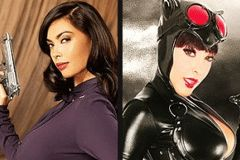 Nina Mercedez, Tera Patrick Sign at Wizard-World Comic-Con in New York