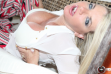 Vicky Vette to Perform Special Thanksgiving Day Live Show