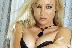 Special Report: Kayden Kross on Glam & Gloss